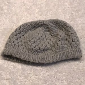 Gray knit loose beanie
